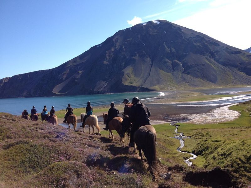 Autumn Colours and Northern Lights Trail itinerary.