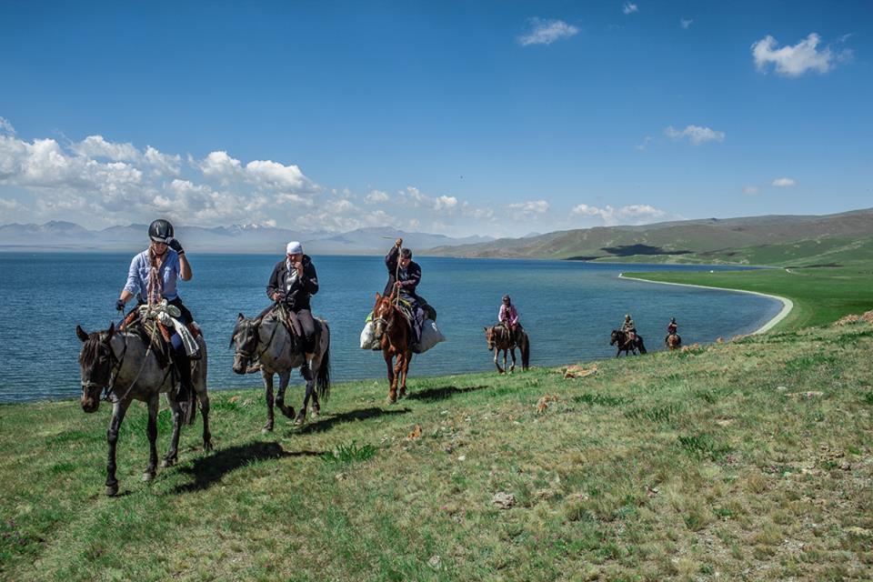 Wild Nature and Nomadic Life on Horseback itinerary.