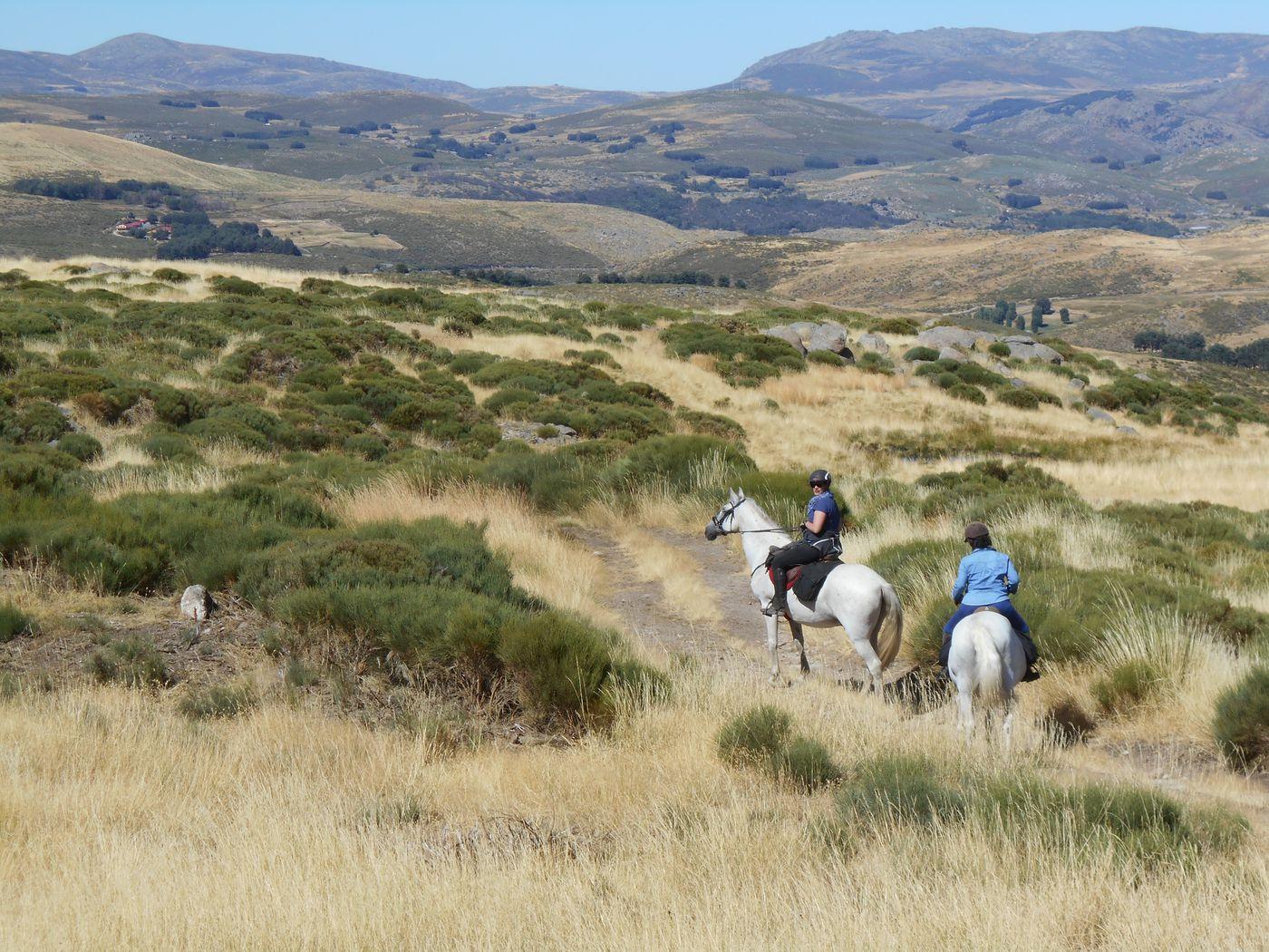 Four Valleys of Gredos itinerary.