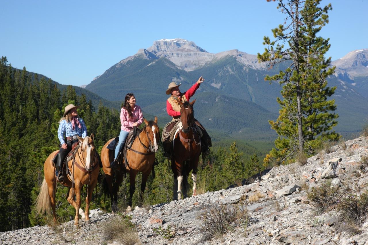 Rocky Mountain Holiday Tour